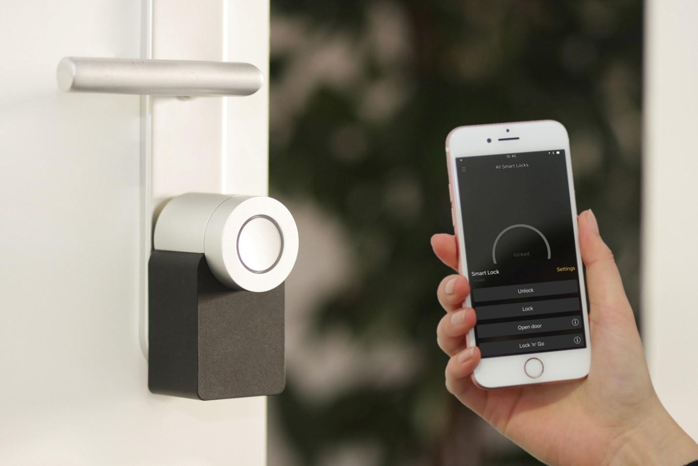 IoT smart speaker safety tips