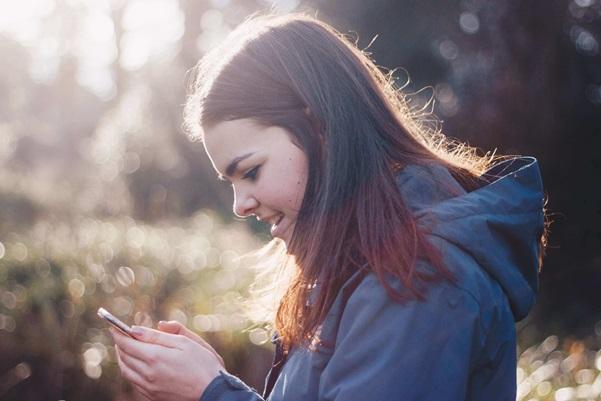 تطبيقات خطيرة على المراهقين